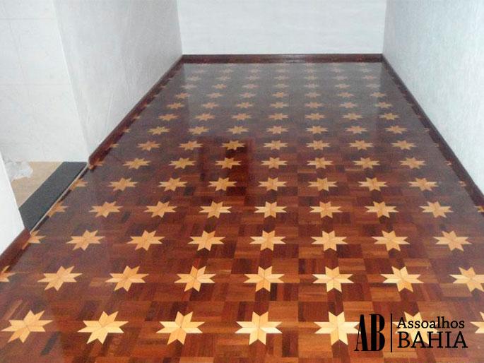 É possível colocar piso sobre tacos antigos?